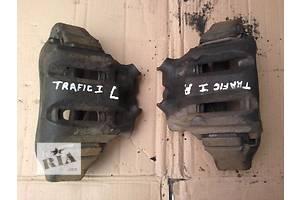 б/у Суппорт Renault Trafic