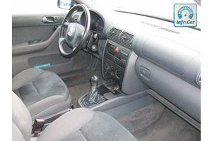 б/у Торпедо/накладка Audi A3