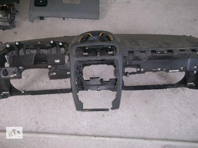 купить бу Б/у торпедо/накладка для кроссовера Porsche Cayenne 2005 в Днепре (Днепропетровске)