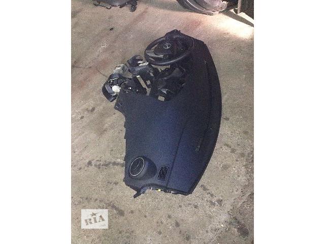 купить бу Б/у торпедо/накладка для седана Mazda 3 2010 в Ровно