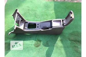 б/у Центральные консоли Chevrolet Evanda