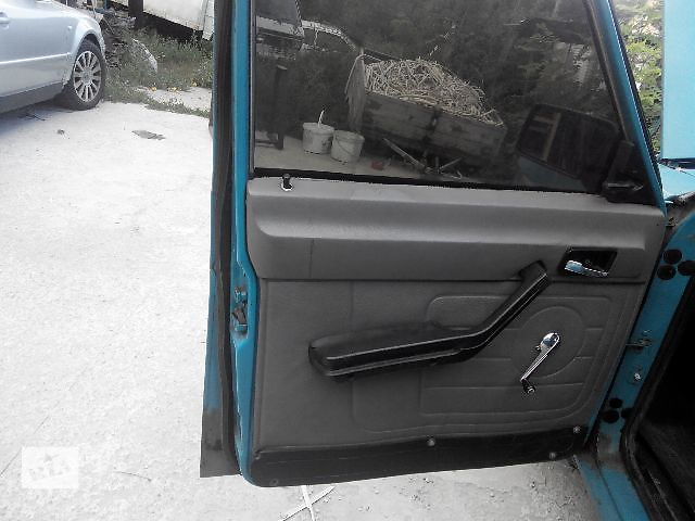 купить бу Б/у внутренние компоненты кузова для легкового авто 3110 2410  2401 3102 карти двери волга газ в Киеве