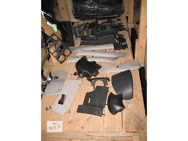 продам Б/у внутренние компоненты кузова для легкового авто Citroen Berlingo 2004 бу в Луцке