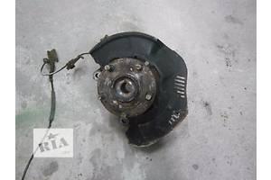 б/у Поворотные кулаки Toyota Corolla
