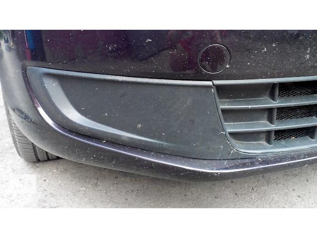 бу Б/у заглушка туманной фары для легкового авто Volkswagen Caddy 2010 в Кременце (Тернопольской обл.)