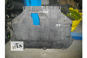 б/у Защита под двигатель Ford Focus