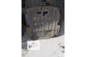 б/у Защита под двигатель Honda Accord
