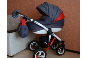 б/в Детские универсальные коляски Adamex