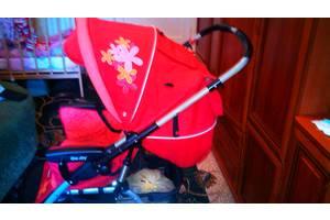Дитячі коляски трансформери