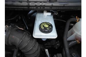 б/у Бачки главного тормозного цилиндра Renault Trafic