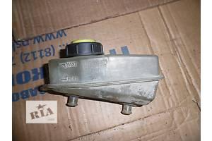 б/у Бачки главного тормозного цилиндра Dacia SuperNova