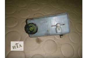 б/у Бачки главного тормозного цилиндра Opel