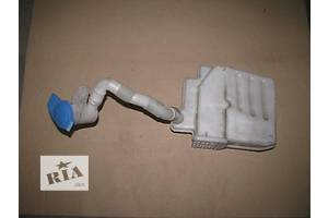 б/у Бачки омывателя Skoda Octavia A5