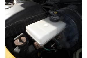 б/у Бачки главного тормозного Renault Mascott