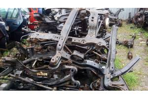 Балки задней подвески Renault 25
