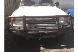 б/у Бампер передний Mitsubishi Pajero