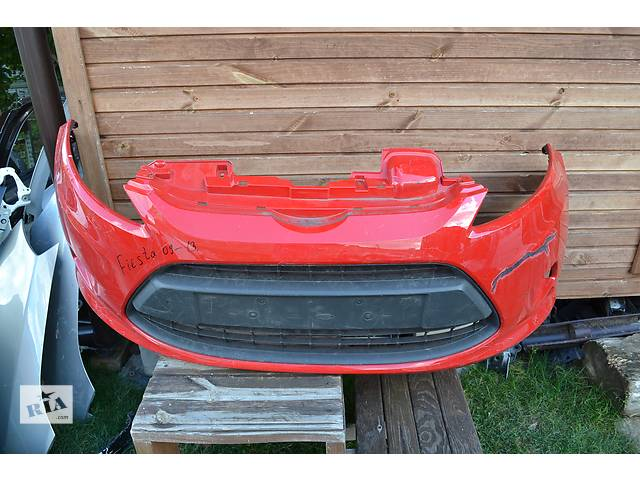 купить бу  Бампер передний для легкового авто Ford Fiesta с 2008 в Ровно