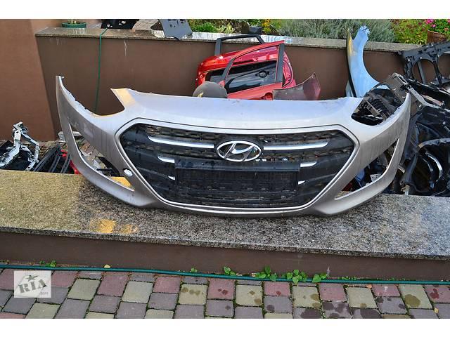 бу  Бампер передний для легкового авто Hyundai i30 в Остроге