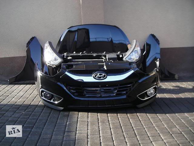 купить бу Бампер передний для легкового авто Hyundai IX35 2012 HYUNDAI IX35 морда комплектная в Жовкве