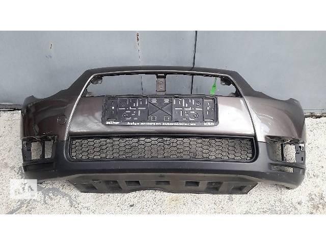 купить бу Бампер передний для легкового авто Mitsubishi Colt 2010 в Киеве
