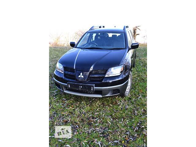 продам  Бампер передний для легкового авто Mitsubishi Outlander бу в Остроге