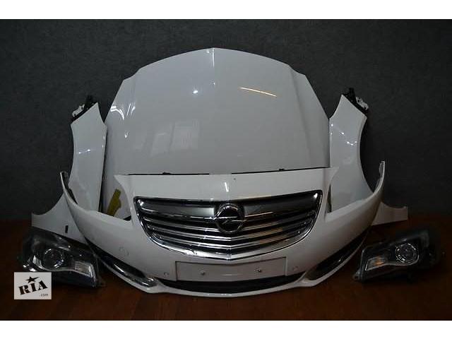 купить бу Бампер передний для легкового авто Opel Insignia 09-15 INSIGNIA Lift  INSIGNIA OPC морда комплектная запчасти в Львове