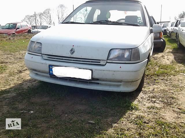 продам Бампер передний для легкового авто Renault Clio бу в Ужгороде