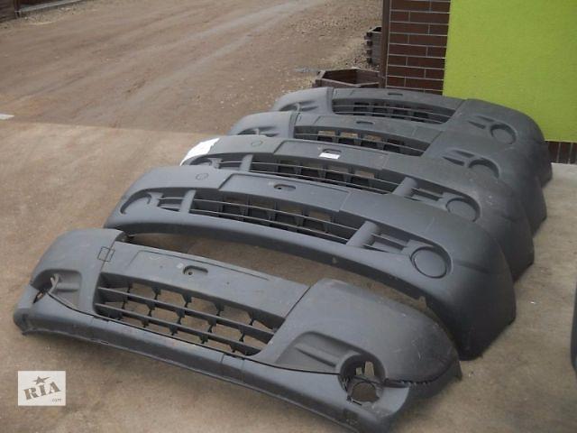 купить бу Бампер передний для легкового авто Renault Trafic 2002-15 в Луцке