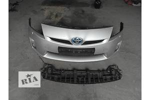 б/у Бампер передний Toyota Prius