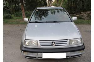 б/у Бамперы передние Volkswagen Vento