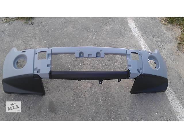 продам бампер передний  Mitsubishi Pajero Wagon бу в Киеве