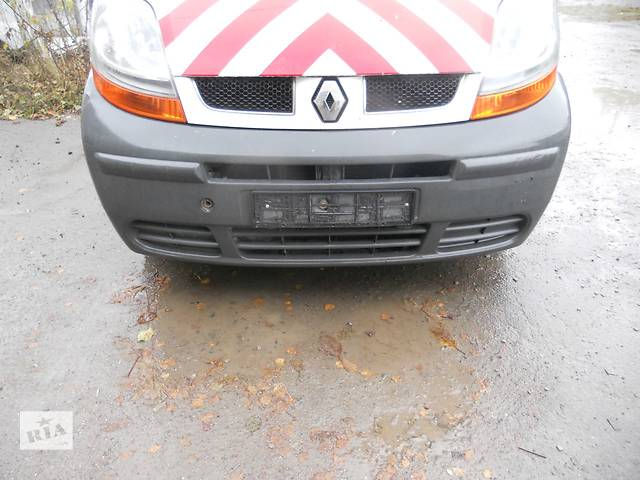 Бампер передний на Renault Trafic, Opel Vivaro, Nissan Primastar- объявление о продаже  в Ровно
