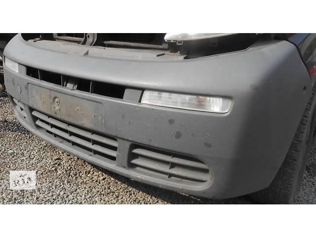 купить бу Бампер передний, передній Renault Trafic Рено Трафик 01-07гг в Ровно
