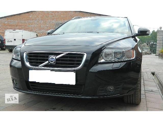 продам Бампер передний для Volvo V50, 2011p. бу в Львове
