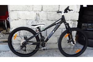б/в Гірські велосипеди Giant