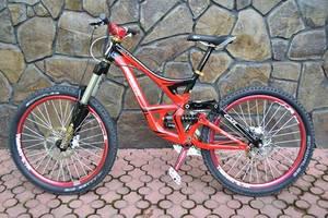 б/в Велосипеди-двопідвіси Specialized