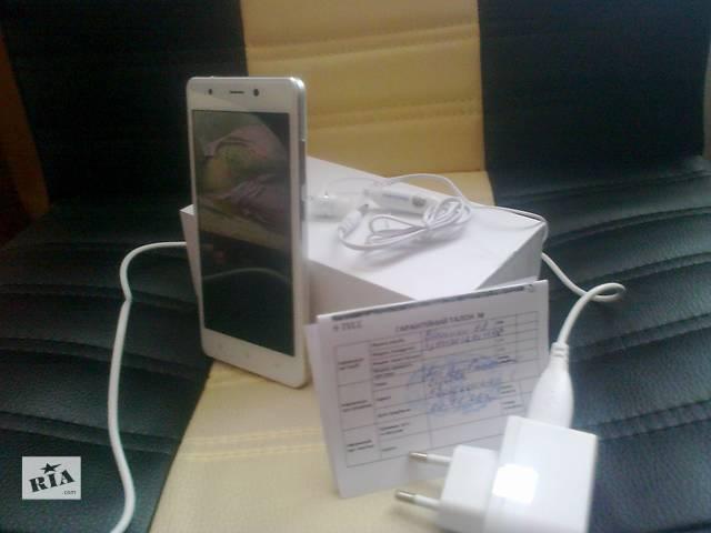купить бу Blackview 1GB ОЗУ 4 ЯДРА 1.3Ггц 13 Мр cam в Сумах