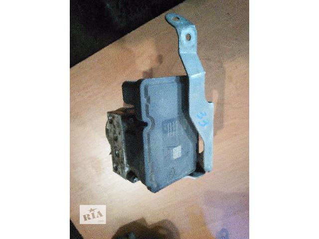 купить бу Блок ABS  Toyota Camry SV40 44510-33070 в Одессе