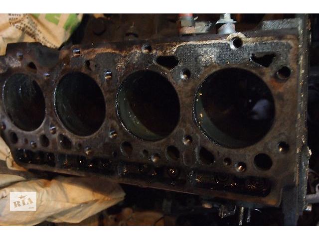 купить бу блок двигателя с поршневой на Ford Transit 2.5 д пробег 250тис с 1988 по 2000рв пробег 250тис все из роз в Черновцах