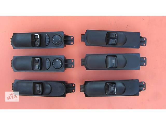 купить бу Блок (кнопки) стеклоподъемников 6395450613 Mercedes Vito (Viano) Мерседес Вито (Виано) 639 (109, 111, 115, 120) в Ровно