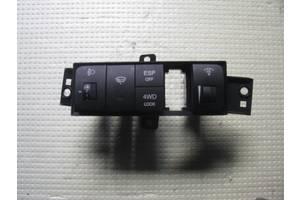Блоки кнопок в торпеду Hyundai Tucson