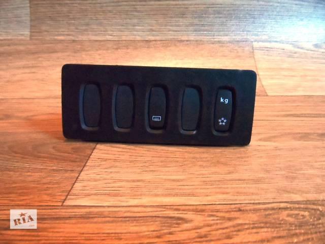 Блок кнопок в торпеду Рено Renault Мастер Master Опель Opel Мовано Movano 2003-2010- объявление о продаже  в Ровно