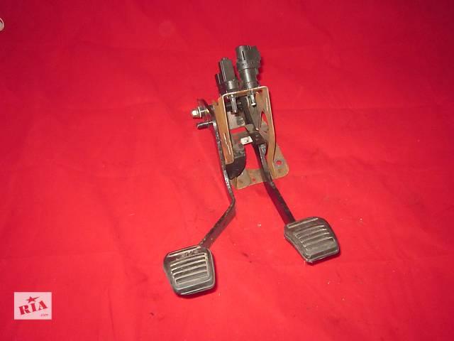 продам Блок педалей сцепление тормоз Ford Connect 2002-2013  бу в Ковеле