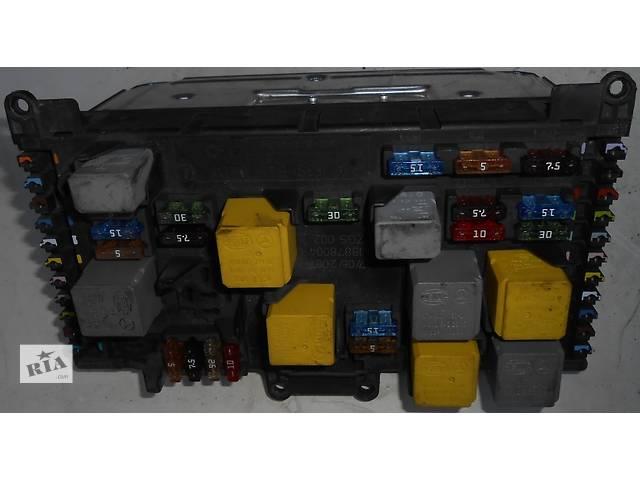 купить бу Блок предохранителей (комфорта) SAM 6395450501 Mercedes Vito (Viano) Мерседес Вито (Виано) V639 (109, 111, 115, 120) в Ровно