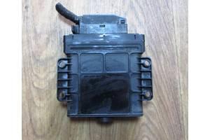 Електронні блоки управління коробкою передач Audi Q7