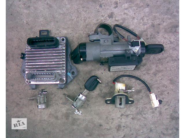 купить бу Блок управления двигателем Chevrolet Lacetti (комплект)  в Харькове
