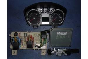 б/у Блоки управления двигателем Ford Focus