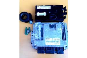 б/у Блоки управления двигателем Nissan Primastar груз.