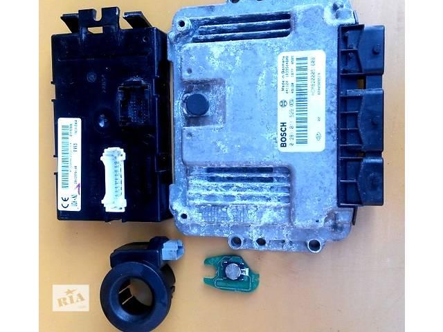 продам Блок управления двигателя комфорта комплект 2.0 Renault Trafic Рено Трафик Opel Vivaro Опель Виваро Nissan Primastar бу в Ровно