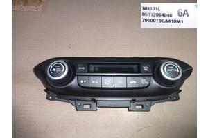 б/у Блоки управления печкой/климатконтролем Honda CR-V